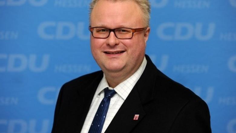 Dr. Thomas Schäfer