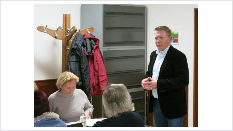 Zu Gast bei der Gründung der Frauen Union: Die FU Kreisvorsitzende Rose-Marie Lecher und der Marburger CDU-Vorsitzende Dirk Bamberger.