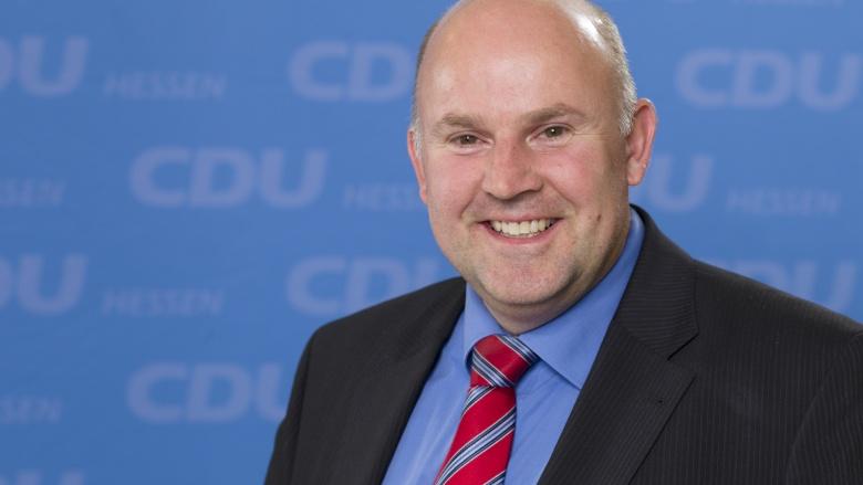 Dr. Horst Falk