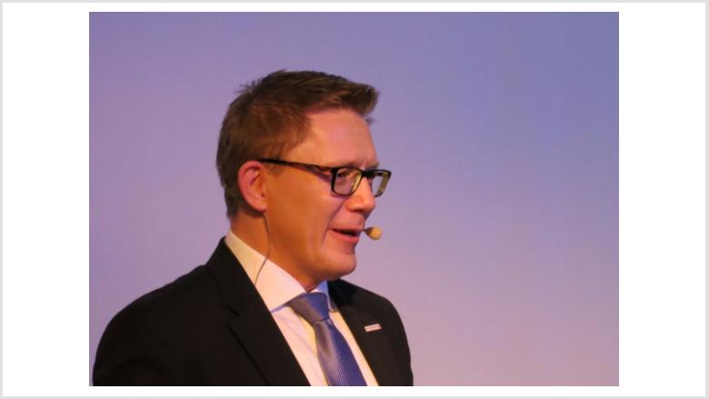 Der Parteivorsitzende Dirk Bamberger berichtete über die Nominierung von Wieland Stötzel zum Bürgermeisterkandidat