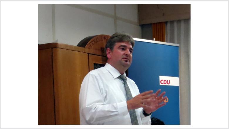 Wieland Stötzel gab einen Einblick in die parlamentarische Arbeit der CDU-Stadtverordnetenfraktion.